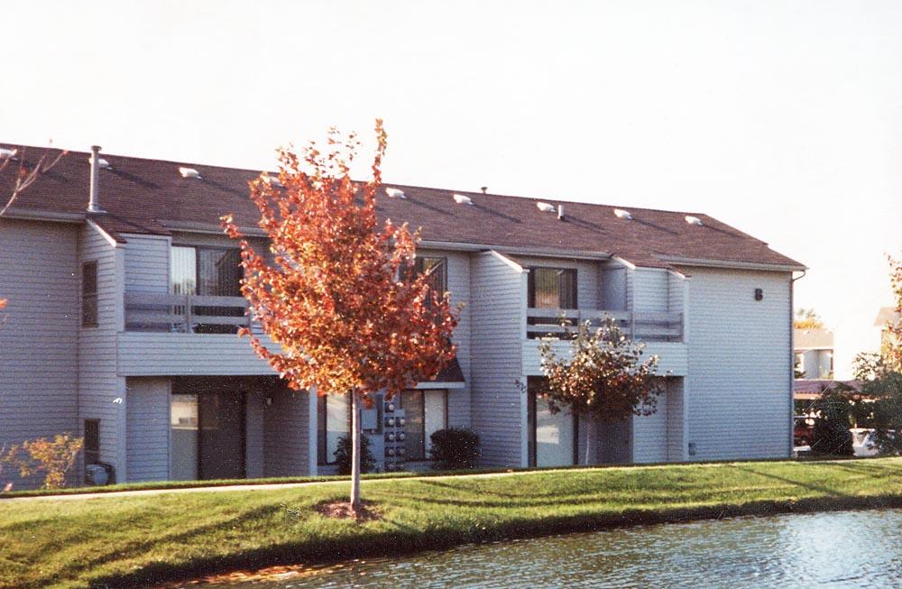 Sparrowwood Apartments